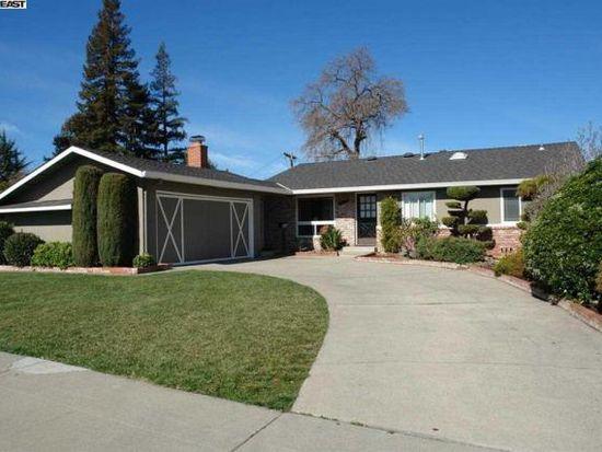1567 Chambers Dr, San Jose, CA 95118