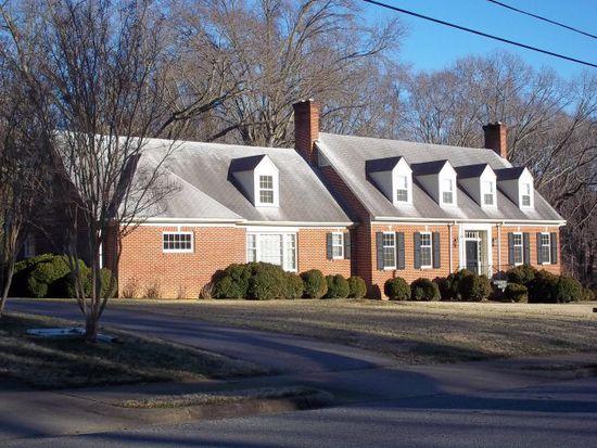 207 Peach St, Chatham, VA 24531