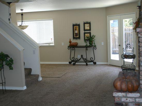 46 Patricia Way, Roseville, CA 95678