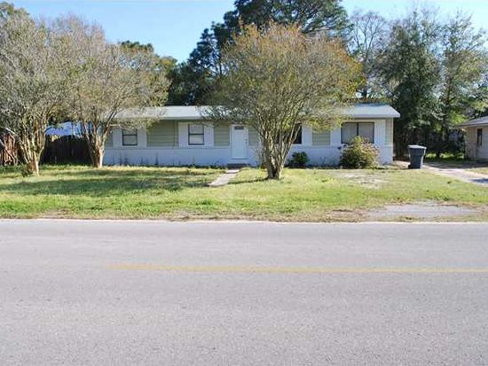 22 Maples St NW, Fort Walton Beach, FL 32548
