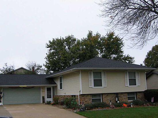 6905 Chelsea Dr NE, Cedar Rapids, IA 52402