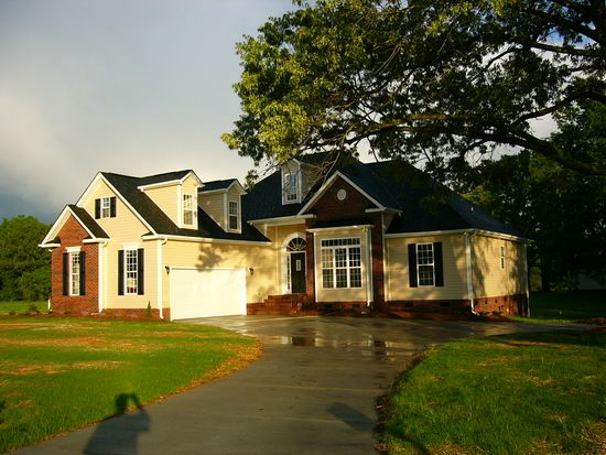 2801 Sweetgrass Ln, Monroe, NC 28112