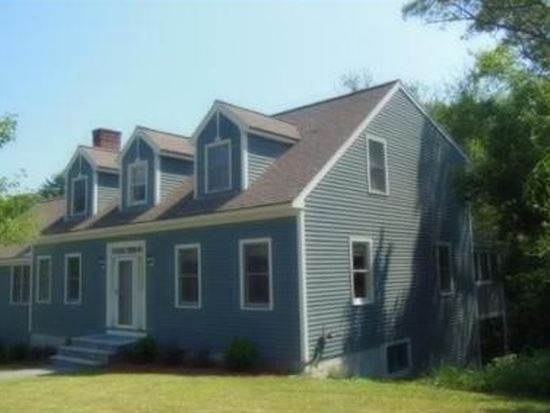 17 Old Rubbly Rd, Beverly, MA 01915