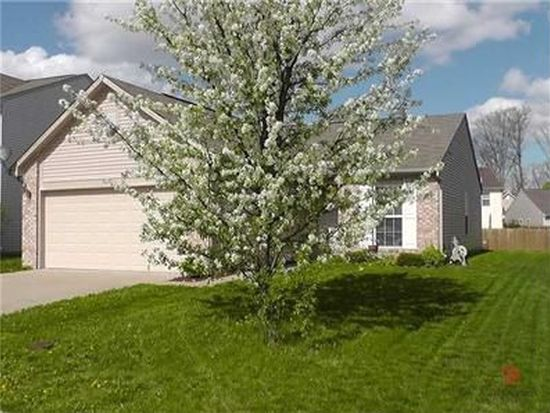 5653 Wooden Branch Dr, Indianapolis, IN 46221