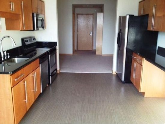 444 E Corcoran Ave APT 401, Milwaukee, WI 53202