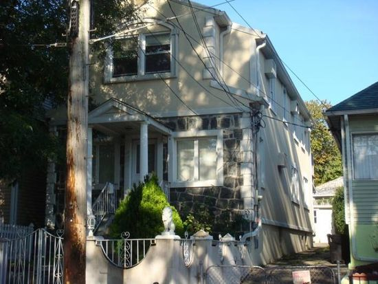 832 Vincent Ave, Bronx, NY 10465