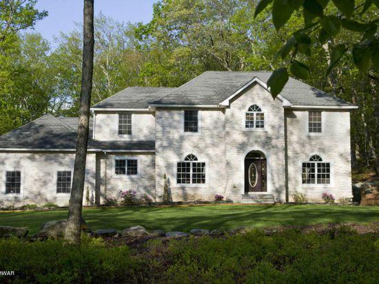 106 Shawnee Dr, Milford, PA 18337