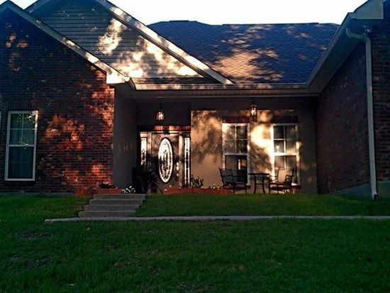 42 Bay Meadows Dr, Carriere, MS 39426