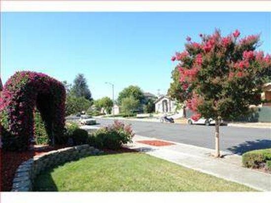 10370 Cherry Tree Ln, Cupertino, CA 95014
