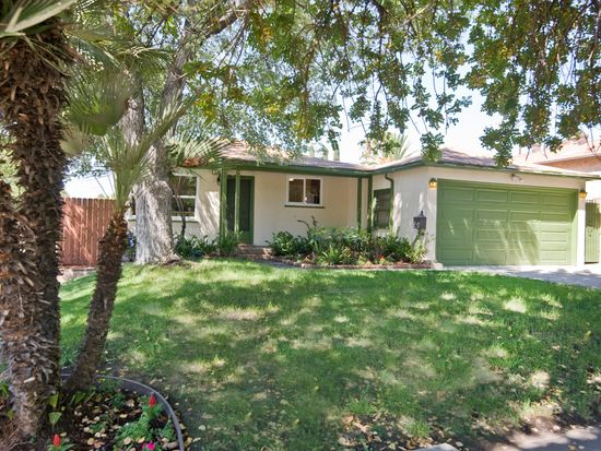 5703 Troost Ave, North Hollywood, CA 91601