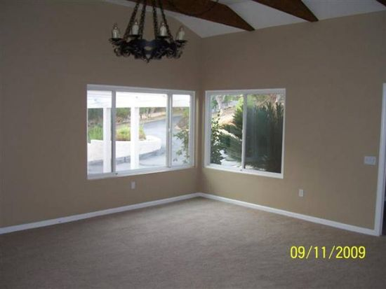 755 Chaparral Ln, Escondido, CA 92025