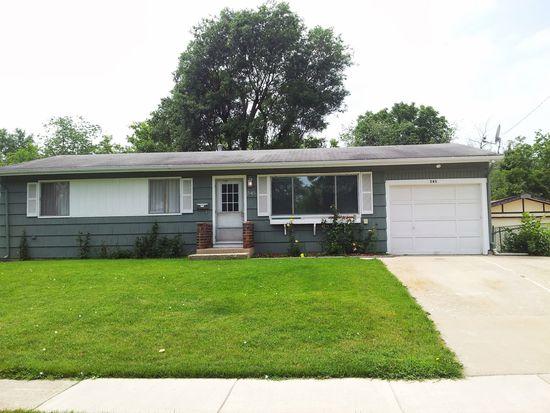 545 Willow Rd, Wauconda, IL 60084
