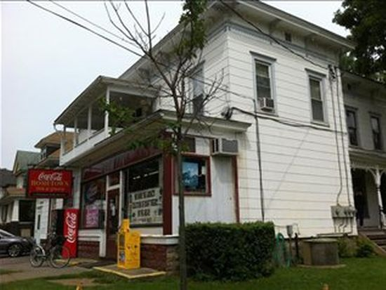 61 Spruce St, Oneonta, NY 13820