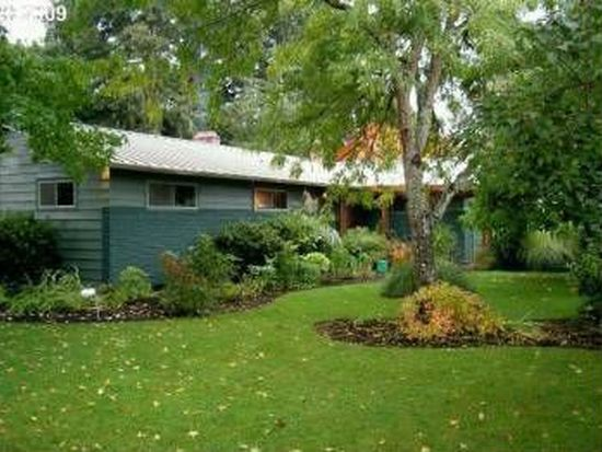 18697 SE Semple Rd, Damascus, OR 97089
