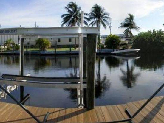 135 Placid Dr, Fort Myers, FL 33919