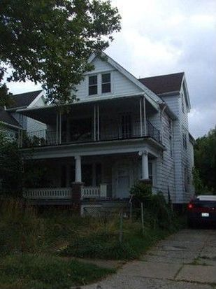 1758 Taylor Rd, Cleveland, OH 44112