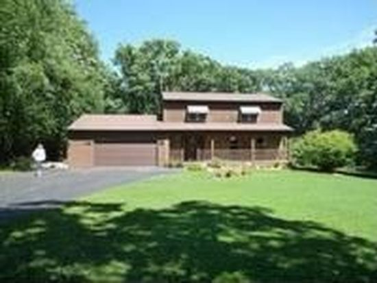 3902 S Cherry Valley Rd, Woodstock, IL 60098