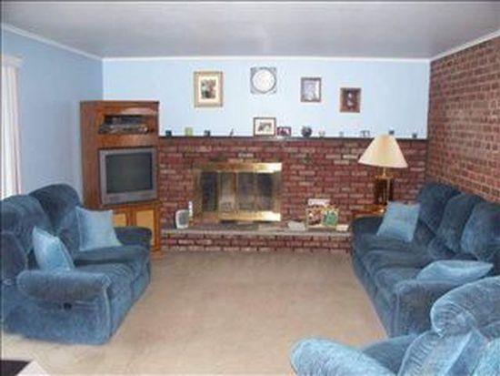 2147 Robinwood Ave, Schenectady, NY 12306