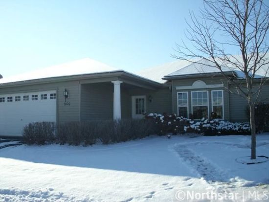966 Carriage Hills Dr, Chaska, MN 55318