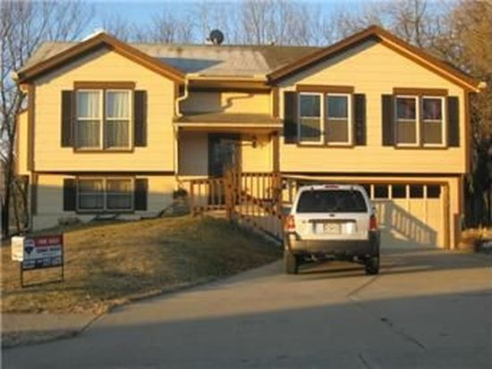 8400 N Wayland Ave, Kansas City, MO 64153