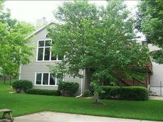 5928 Cottonwood Cir, West Des Moines, IA 50266