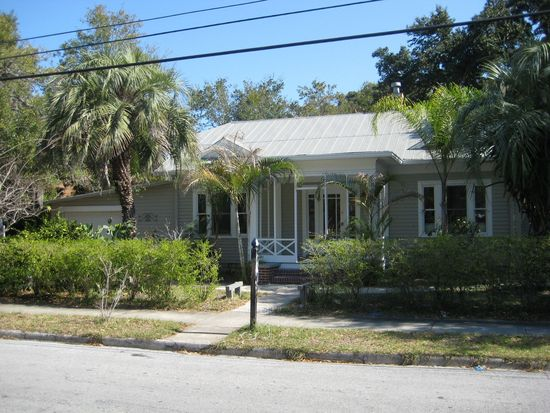 207 Vine Ave, Clearwater, FL 33755