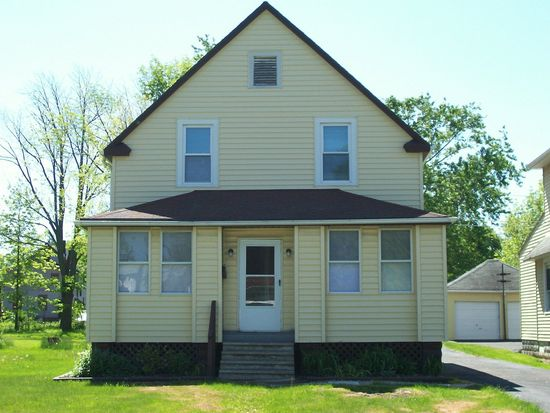 5417 Orchard St, Maple Heights, OH 44137