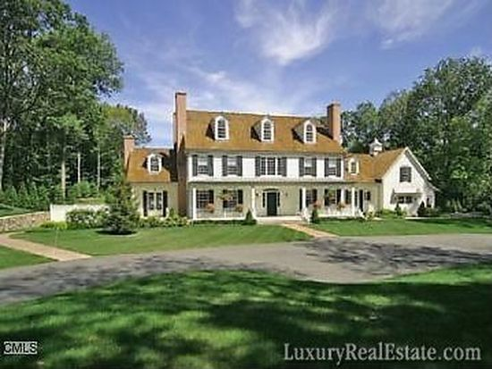 76 Louises Ln, New Canaan, CT 06840