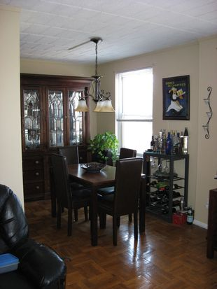 125 Main St APT 3E, Port Washington, NY 11050