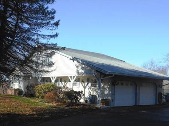 640 Elder Ballou Mtg House Rd, Woonsocket, RI 02895