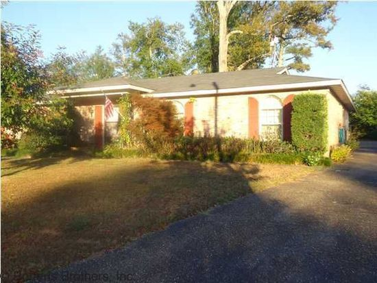 721 Oak Field Dr, Mobile, AL 36609