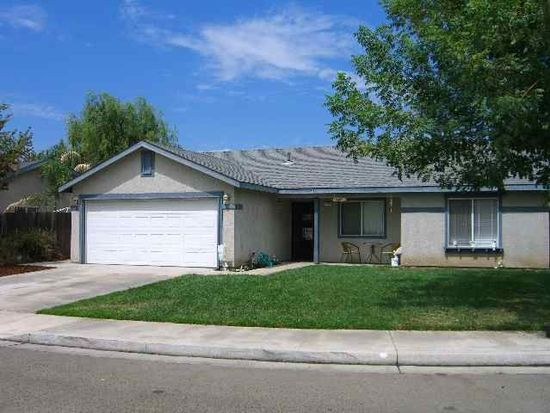 1342 Autumn Ct, Hanford, CA 93230