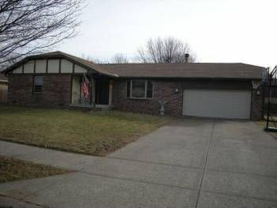 633 Pioneer Dr, Indianapolis, IN 46217