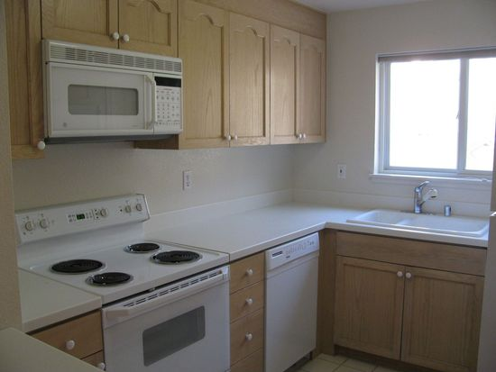3885 Carter Dr APT 205, South San Francisco, CA 94080