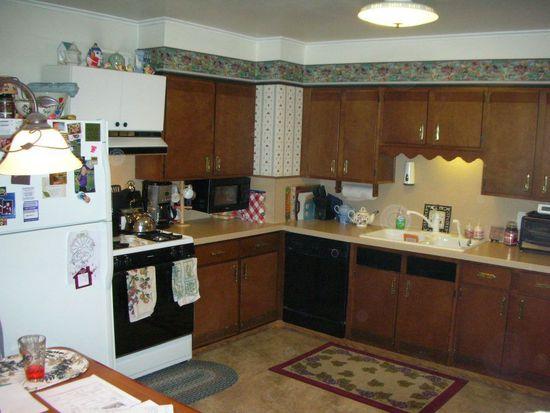 62 New Shaker Rd, Colonie, NY 12205