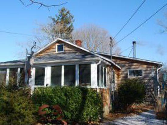181 Springville Rd, Hampton Bays, NY 11946