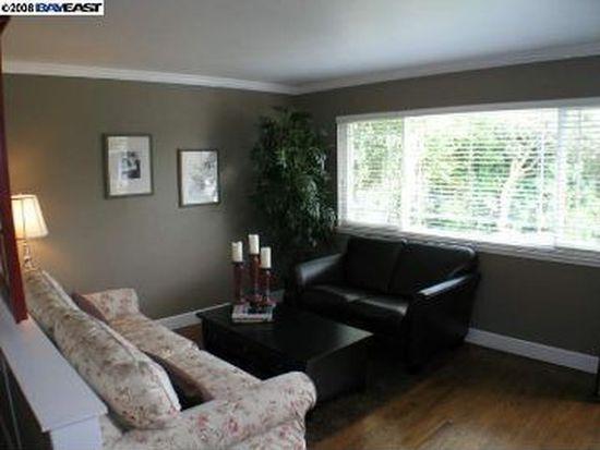 918 Elaine Ave, Livermore, CA 94550