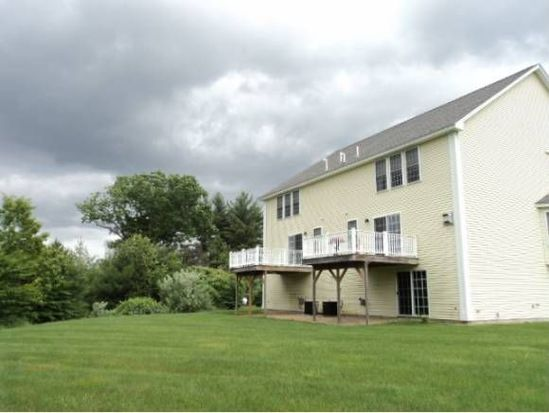 21 Shaker Heights Rd, Chester, NH 03036