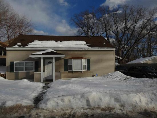 12 Manchester Rd, Schenectady, NY 12304