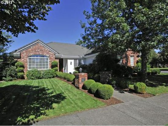 2391 Lakeview Dr, Eugene, OR 97408
