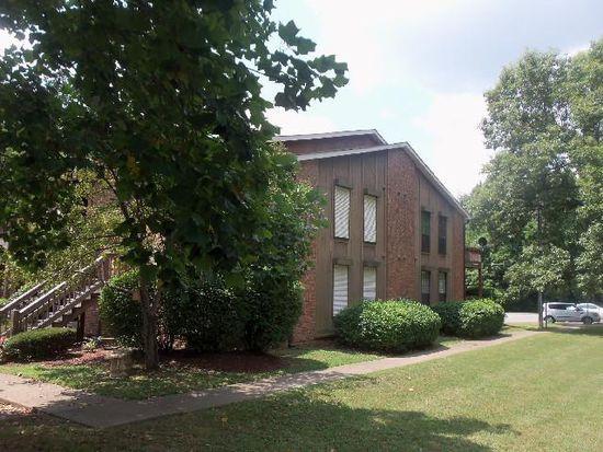 102 Brooke Castle Dr, Hermitage, TN 37076