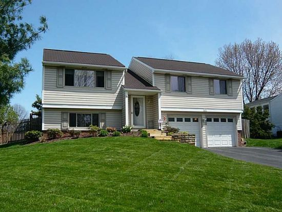 407 Anna Marie Dr, Cranberry Twp, PA 16066