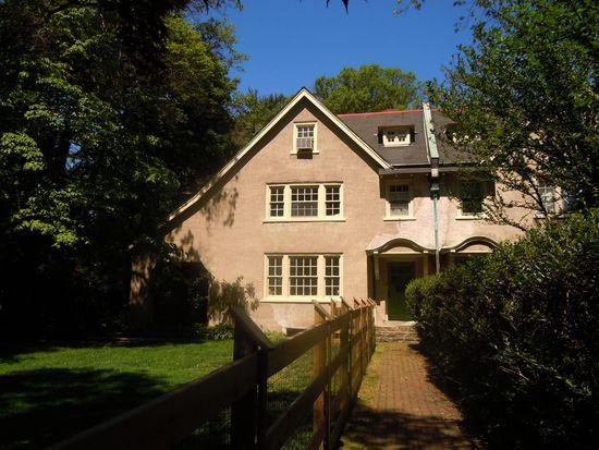 307 W Springfield Ave, Philadelphia, PA 19118