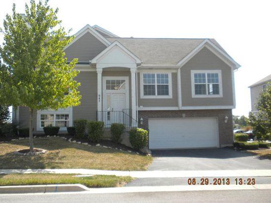 647 Berry Ridge Dr, Joliet, IL 60431