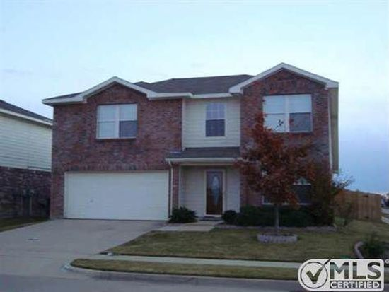 4100 Majestic Ct, Fort Worth, TX 76244