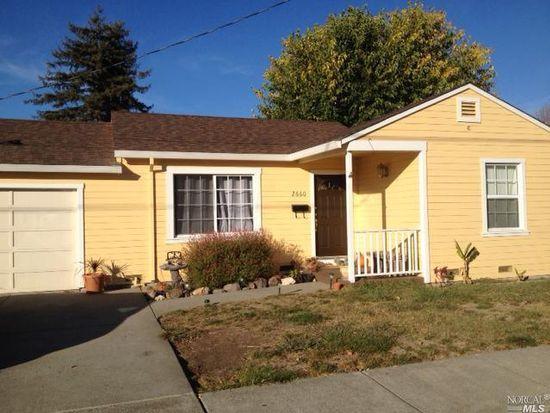 2660 Laurel St, Napa, CA 94558