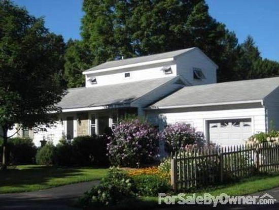 13 Elizabeth Ln, Saratoga Springs, NY 12866