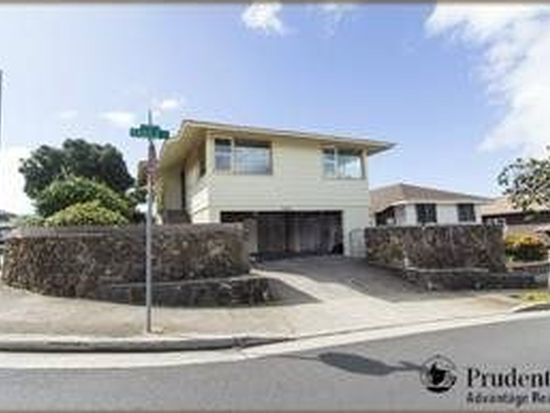 3337 Castle St, Honolulu, HI 96815