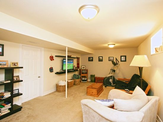 2560 Ames St, Edgewater, CO 80214