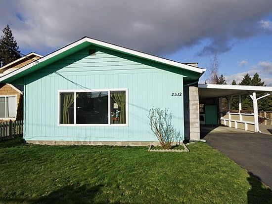 2512 SW 106th St, Seattle, WA 98146